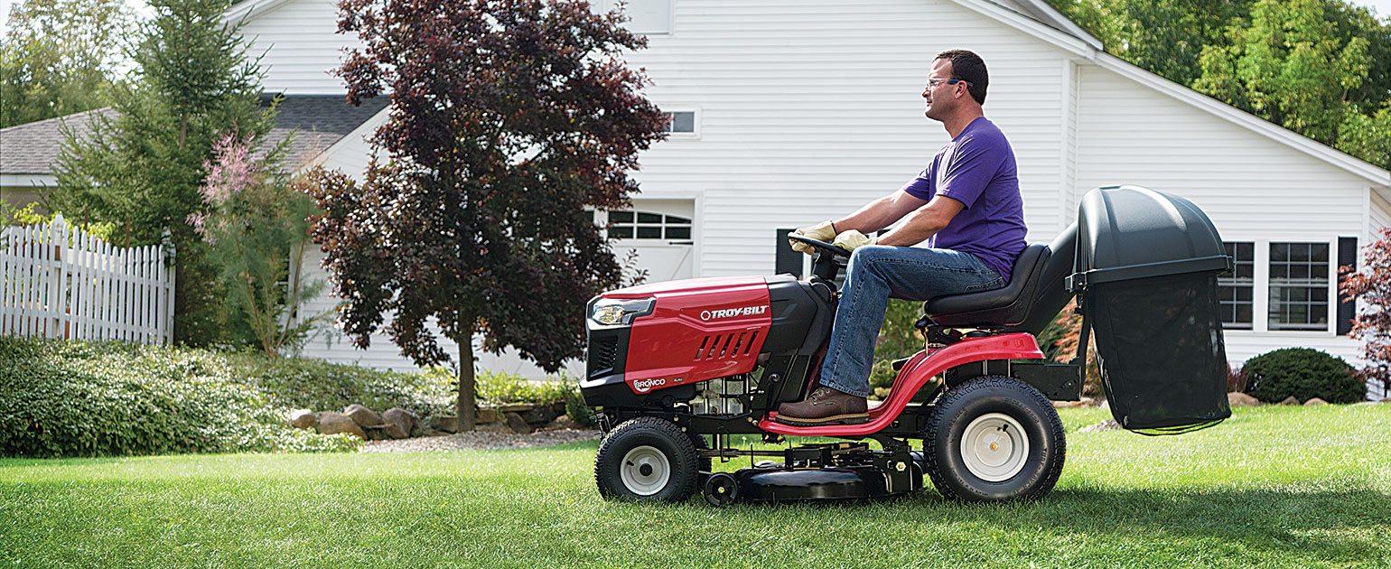 riding lawn mower with bagger